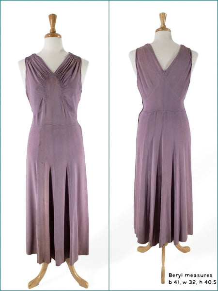 Front and back of 1930s Gown on Fuller-Figured Dress Form