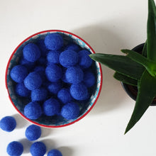 Load image into Gallery viewer, Loose Felt Balls 2cm