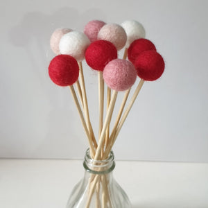 Hearts Pom Pom Flowers, Felt Ball Bouquet Room Decor