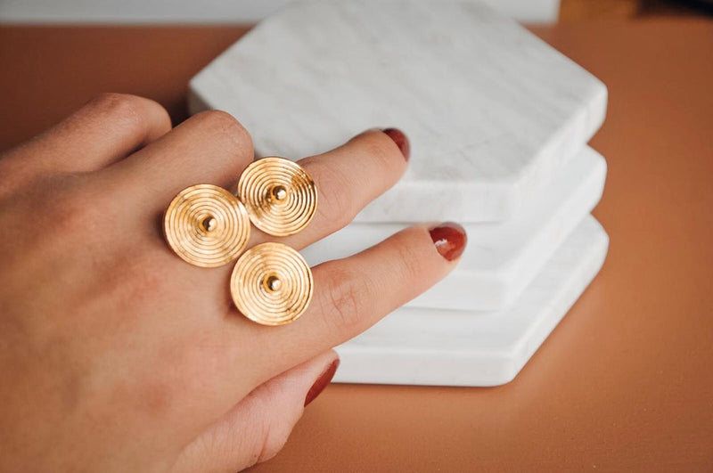 Saint-Pierre de Beauvais Ring- CAVI online boutique - handmade gold rings