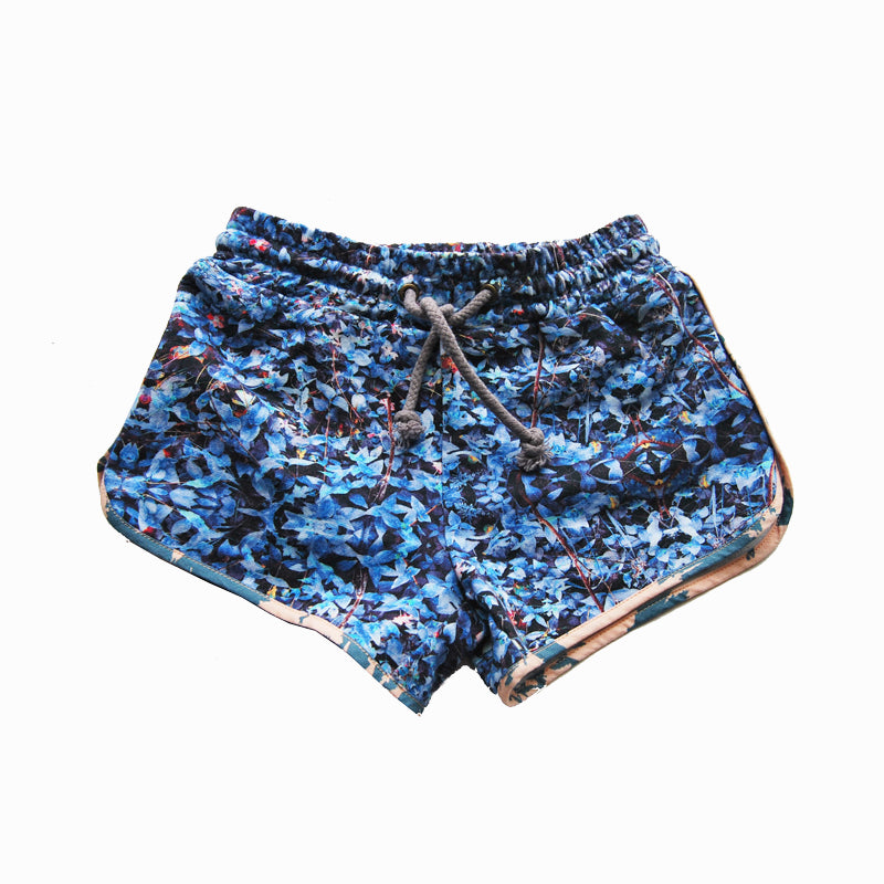 runner short - field ocean