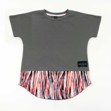 Load image into Gallery viewer, dolman tee - charcoal