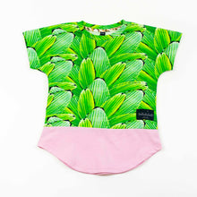 Load image into Gallery viewer, dolman tee - pleat jungle