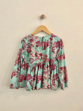 Load image into Gallery viewer, floral top / 10Y
