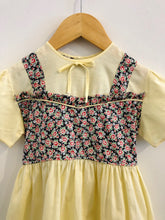 Load image into Gallery viewer, floral combo dress / fits 2T