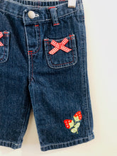 Load image into Gallery viewer, strawberry jeans / 9m