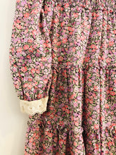 Load image into Gallery viewer, floral dress / 8Y