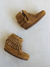 Load image into Gallery viewer, suede moccasin / US 3