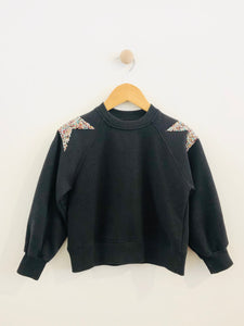 sparkle star sweatshirt / 6y