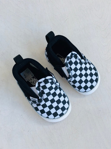 checkered crib shoe / US 3