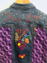 "Load image into Gallery viewer, ""true love"" embroidered denim jacket / 6-7Y"