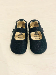 old soles glitter shoes / US 4