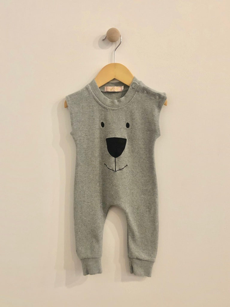 a.k. sleeveless onesie / 6m