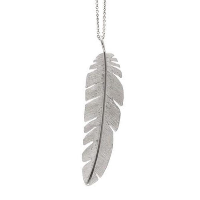 Feather pendant maxi