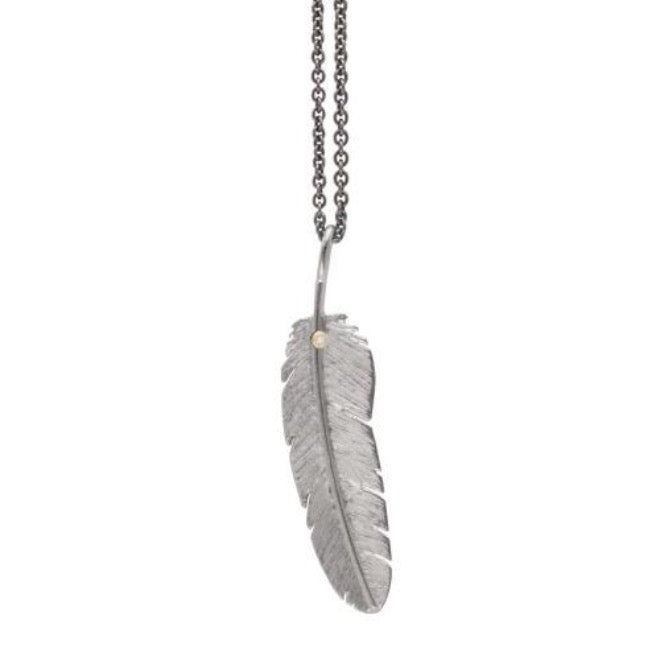 Feather pendant with diamond