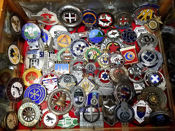 Featured Car & Motorcycle Badges