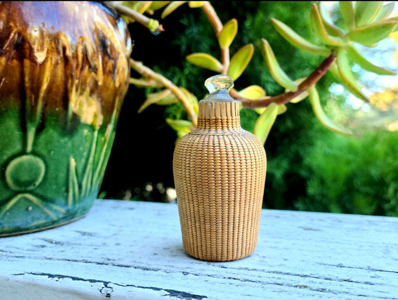 20th Century Antique Chinese Snuff Perfume Crystal Woven Bamboo Wrapped Bottle