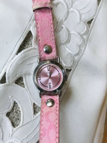 Authentic Designer Coach Swiss Made Pink Silver Tone Leather Band Ladies Watch