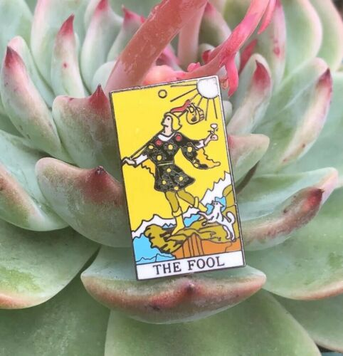 The Fool Yellow Enamel Silver Tone Mojo Tarot Card 888 My-Tarot Collectible Pin