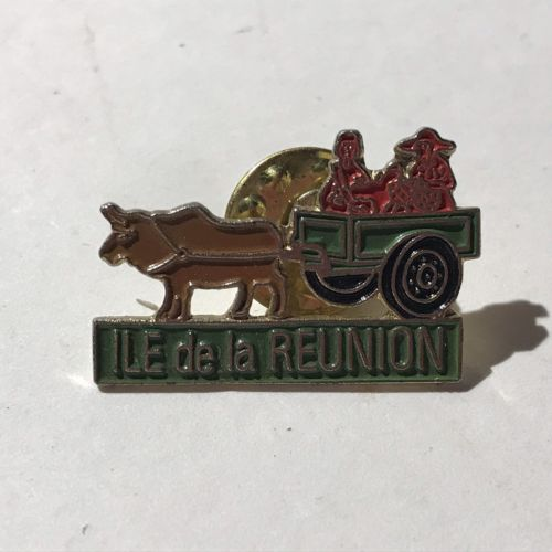 Ile De La Reunion Cart And Ox Pin Badge - France