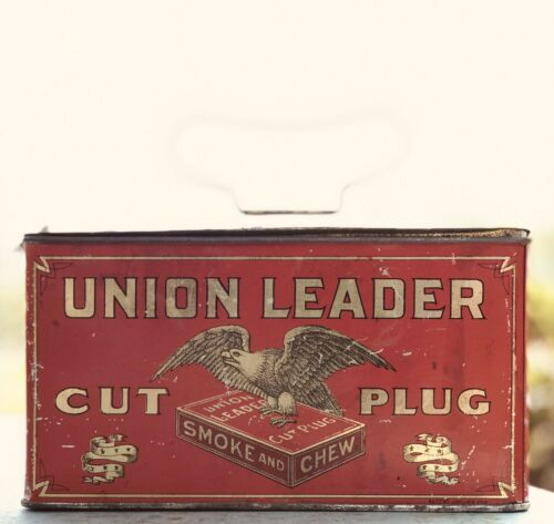 Large Antique Union Leader Cut Plug Tobacco Tin Lunchbox Advertising 1984
