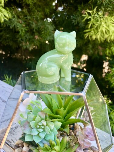 Jadeite Art Glass Cat Kitten Paperweight Jade Green Milk Tone Opaque Figurine