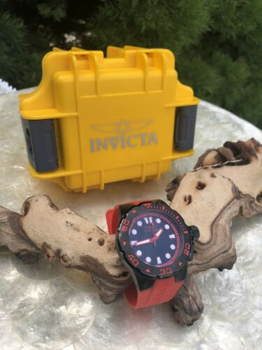 Invicta Men's Watch Pro Diver 200M Quartz Red & Black Ion Plated Model 16139