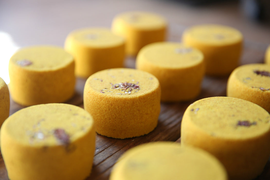 Frankincense Bath Bomb with Turmeric & Sandalwood