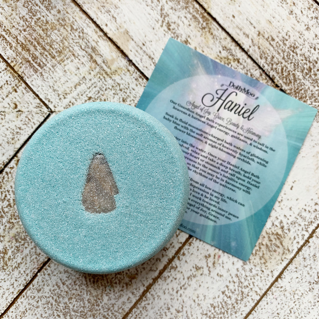 Haniel Angel bath Bomb charged with Moonstone
