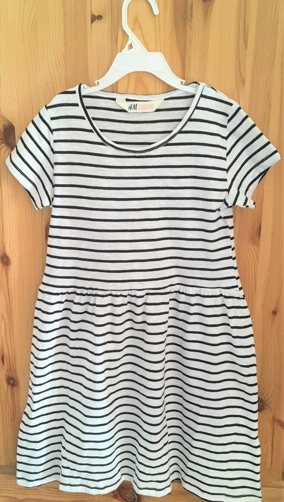 New Girls Black and White Striped Light Summer Dress - Exstore H&M - Size 8-9 Years