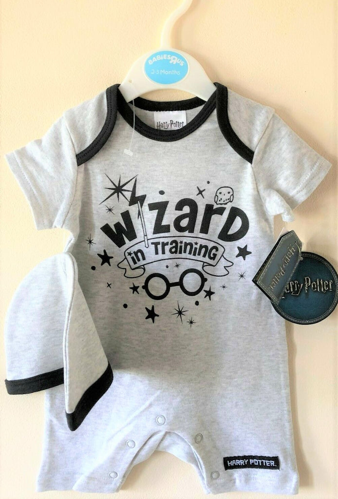 NEW Harry Potter Baby Romper All in One & Beanie Hat - 2 Pc Gift Set - Ages 0-9M