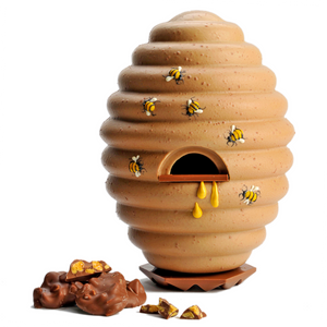 GIANT BLONDE CHOCOLATE BEEHIVE EGG WITH HONEYCOMB NUGGETS