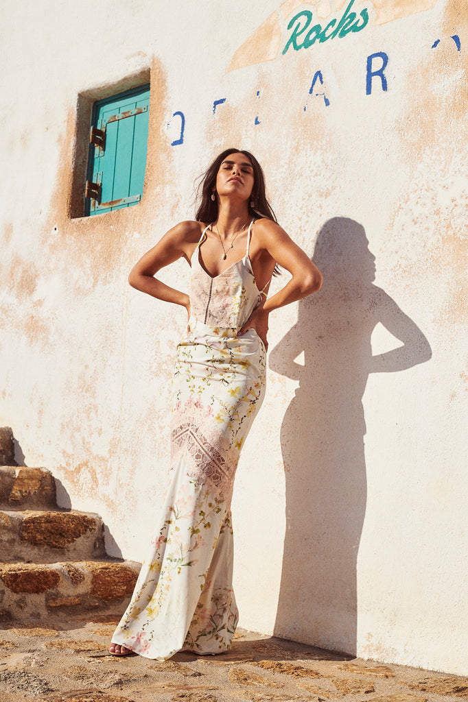 Maxi with Lace Up Back