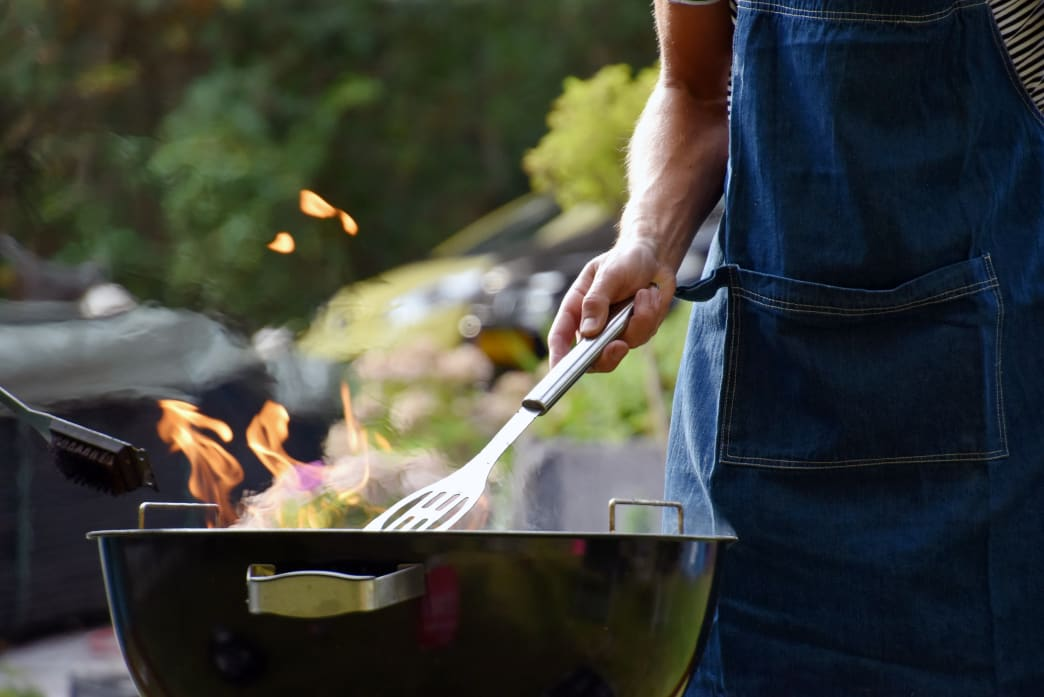 How to Throw the Perfect Backyard Barbecue