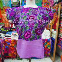 Load image into Gallery viewer, Blusa zinacantan punto de cruz.