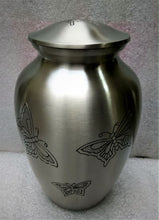 Load image into Gallery viewer, Classic Pewter Urn 8 Inch
