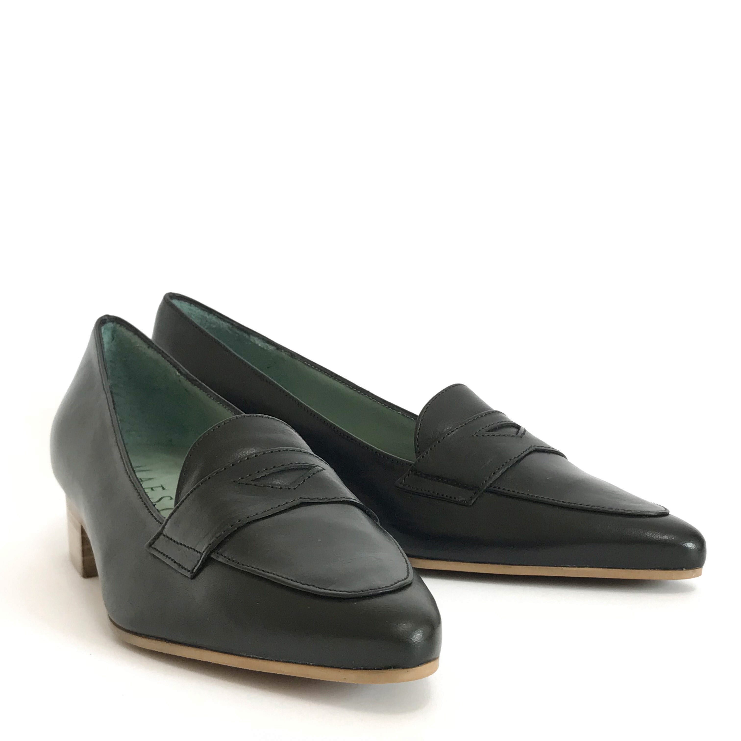 Black Women Ladies Italian Vegetable Tanned Leather Low Heel Dress Shoe Loafer