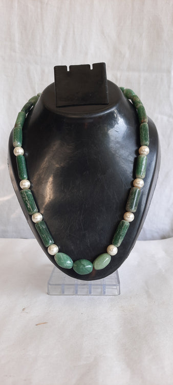 Green Agate Natural Stones With White Shell Pearls