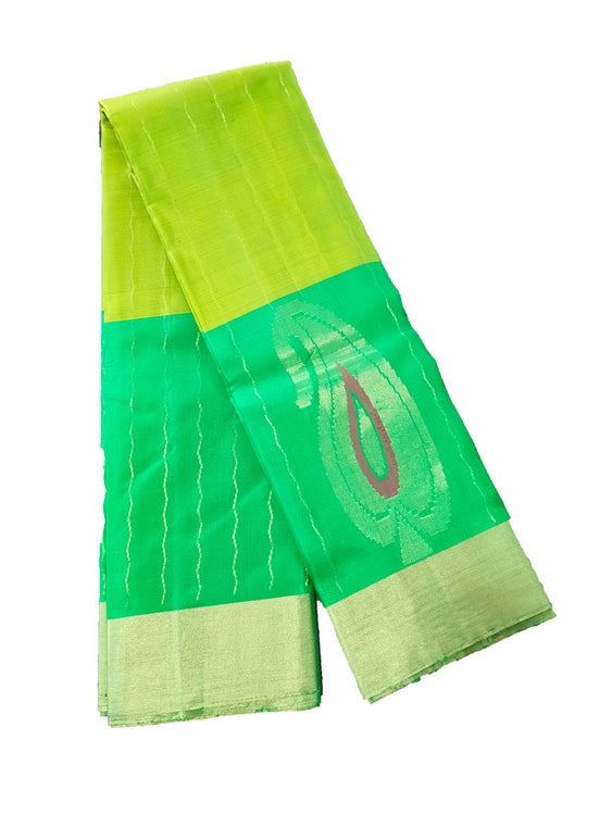 Green Pure Silk Saree with Contrast Blouse