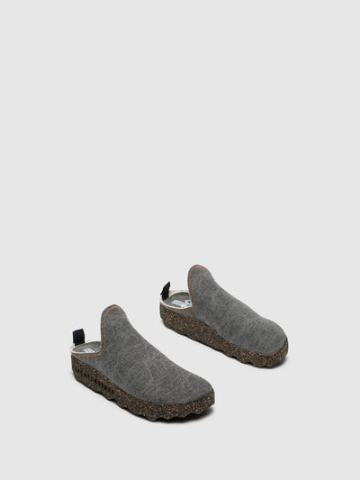 ASPORTUGUESAS Gray Closed Mules