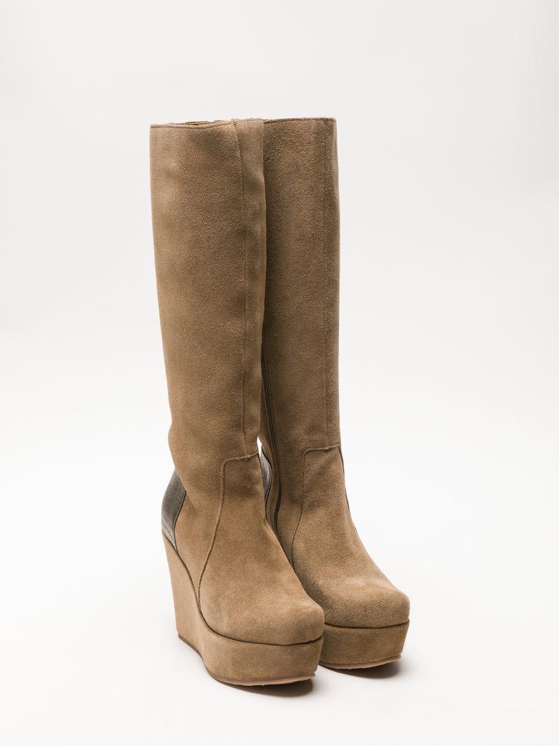 Clay's Tan Knee-High Boots