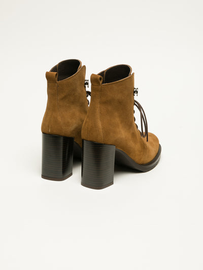 Clay's Peru Lace-up Ankle Boots