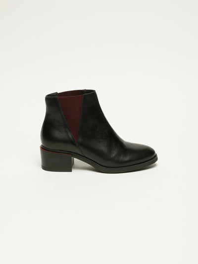 Clay's Black Round Toe Ankle Boots