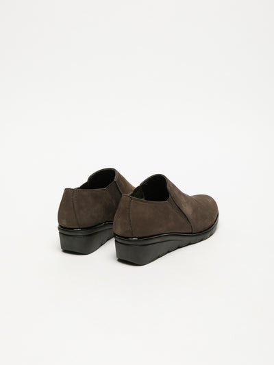 The Flexx Brown Round Toe Shoes