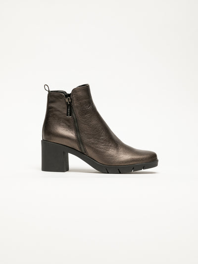 The Flexx SandyBrown Zip Up Ankle Boots