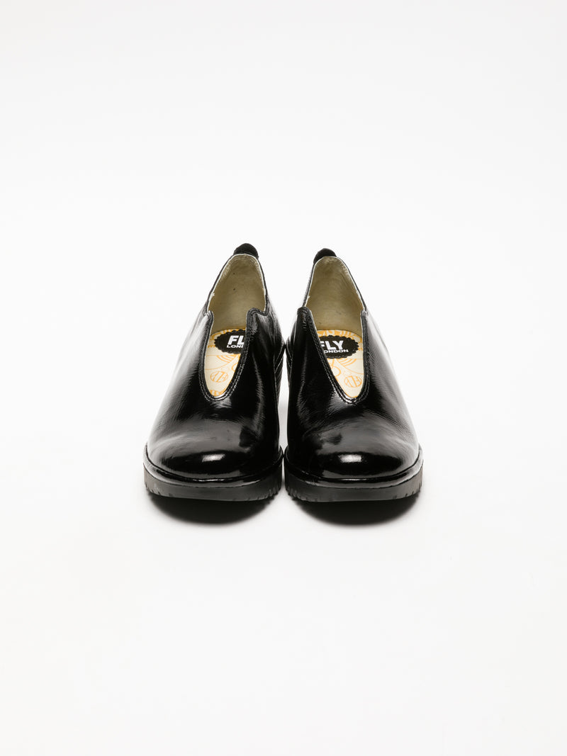 Coal Black Round Toe Shoes