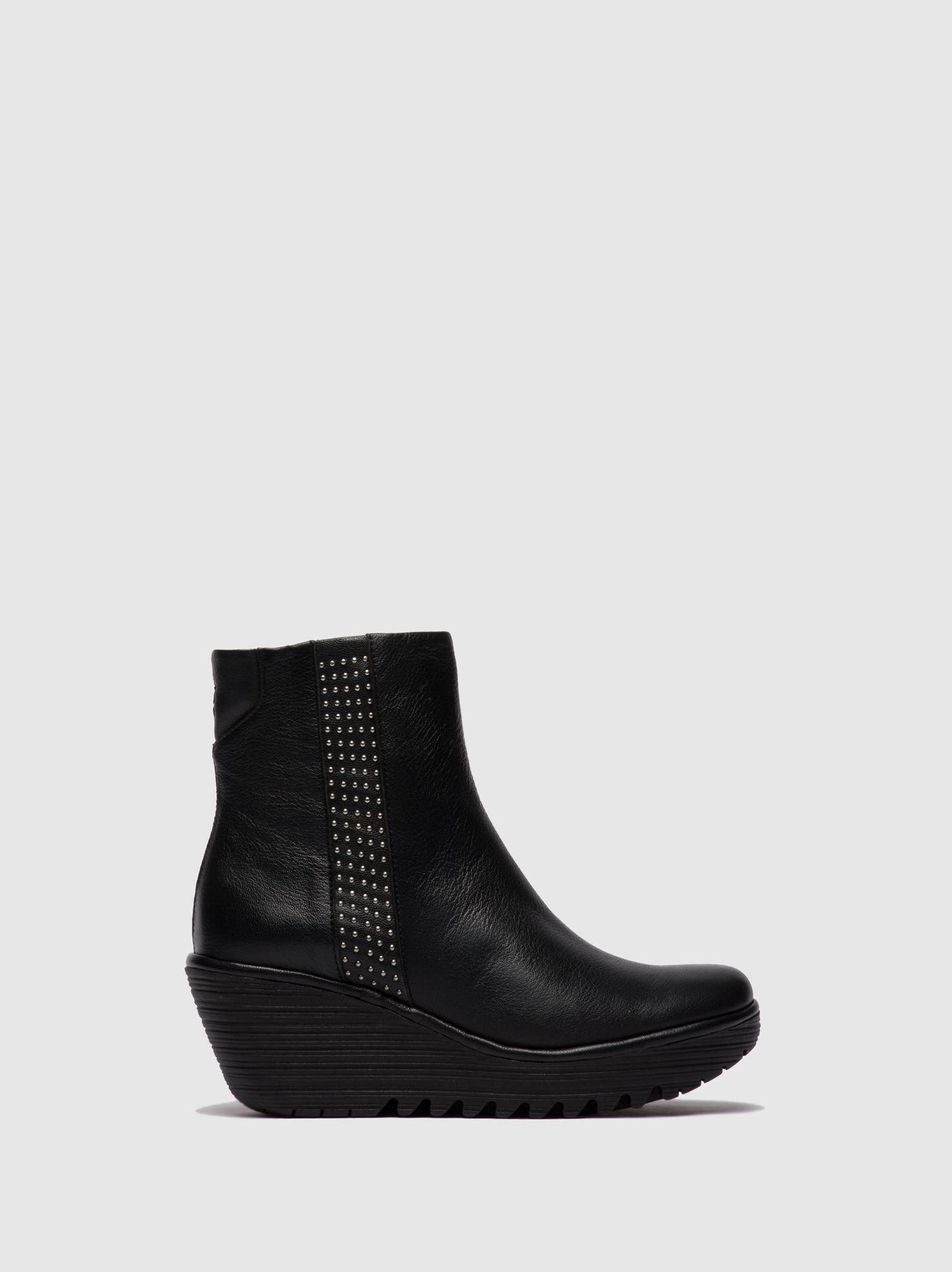 Fly London Zip Up Ankle Boots YULU252FLY STUD MOUSSE BLACK
