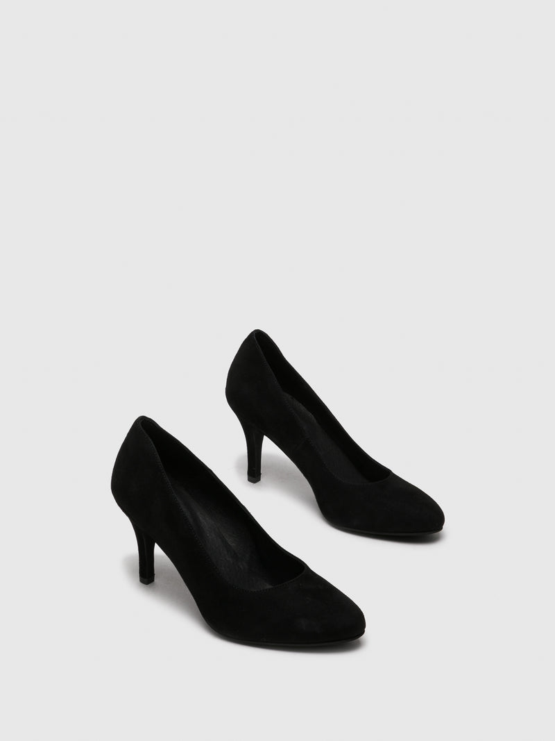 Black Suede Round Toe Pumps