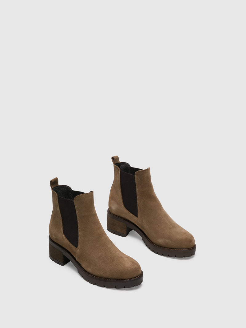 Wheat Chelsea Ankle Boots
