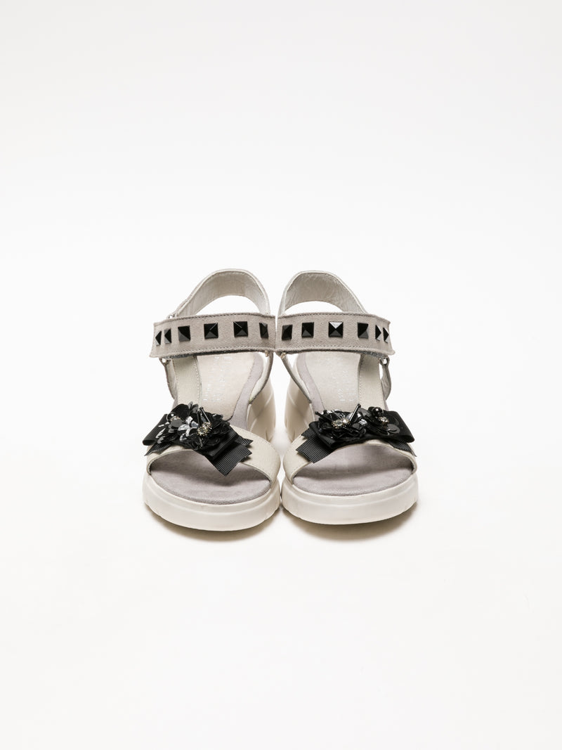Hispanitas Gray Appliqués Sandals